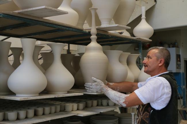 トルコのキュタフヤ陶器